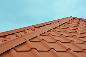 dachy z blachodachówki
